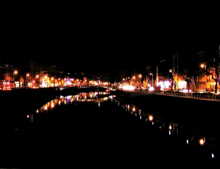 The River Liffey at night 2, from O'Connell Bridge