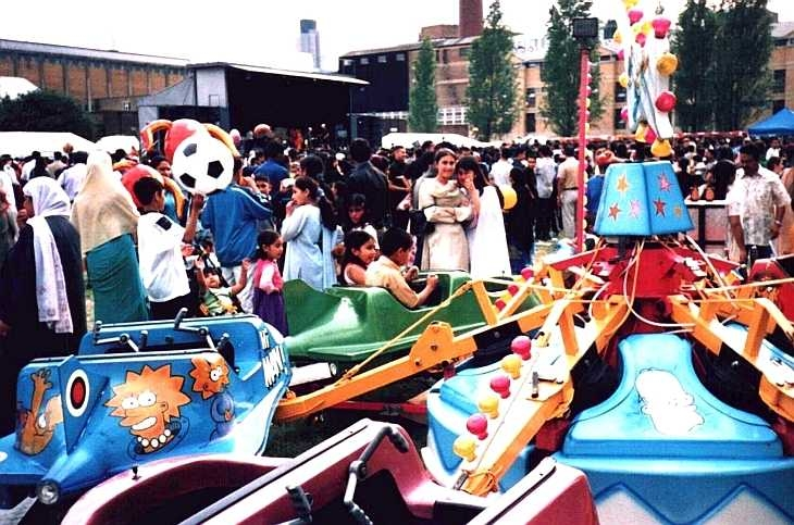 Funfair at the Baishakhi Mela in Brick Lane, London 2001