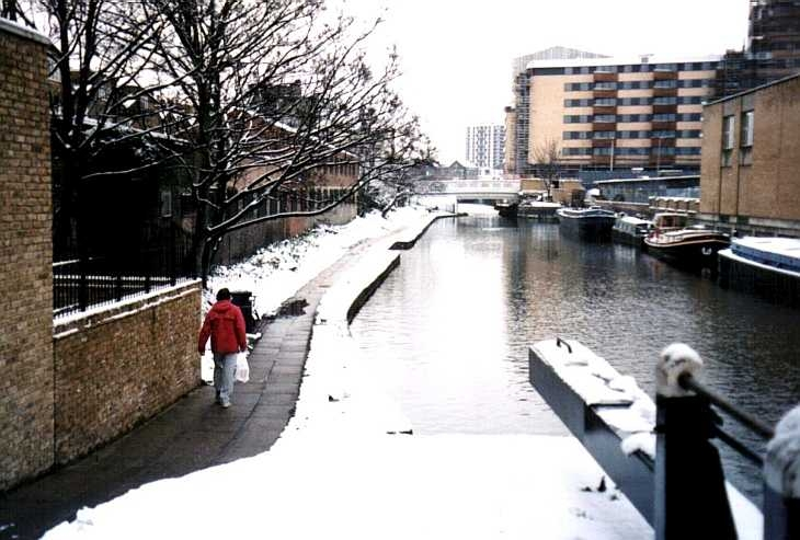 Islington, London, the canal in winter