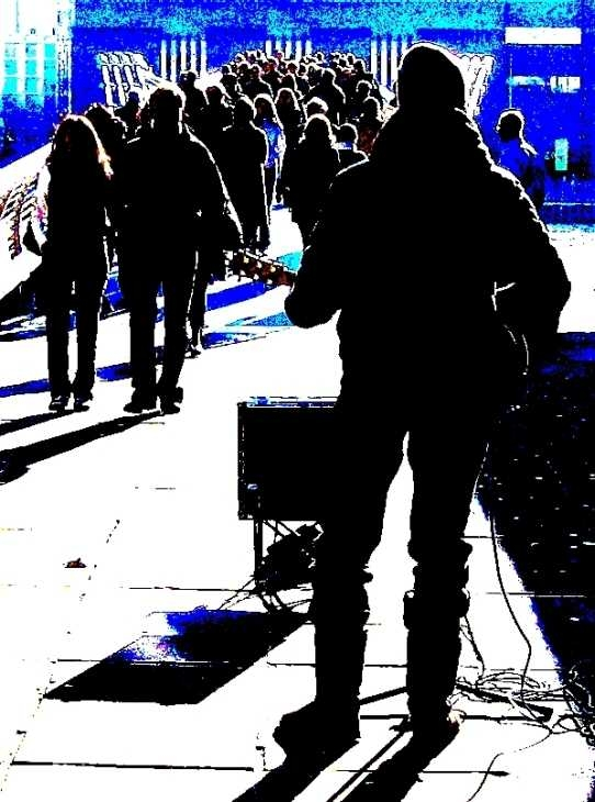 Busker at The Millennium Bridge