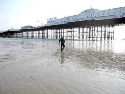 Brighton, Sussex, the pier, frogman