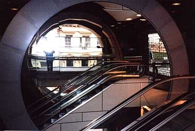Escalator mirror and flash