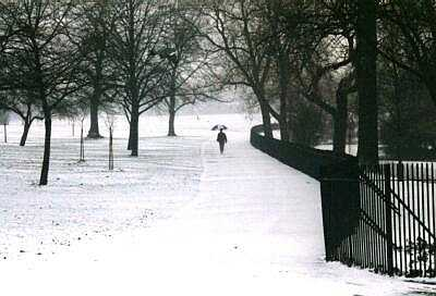 London, Regent's Park in snow